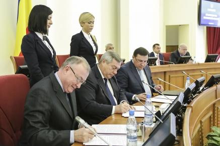 Василий Голубев: «Трехстороннее соглашение - эффективный рычаг по снижению неформальной занятости»